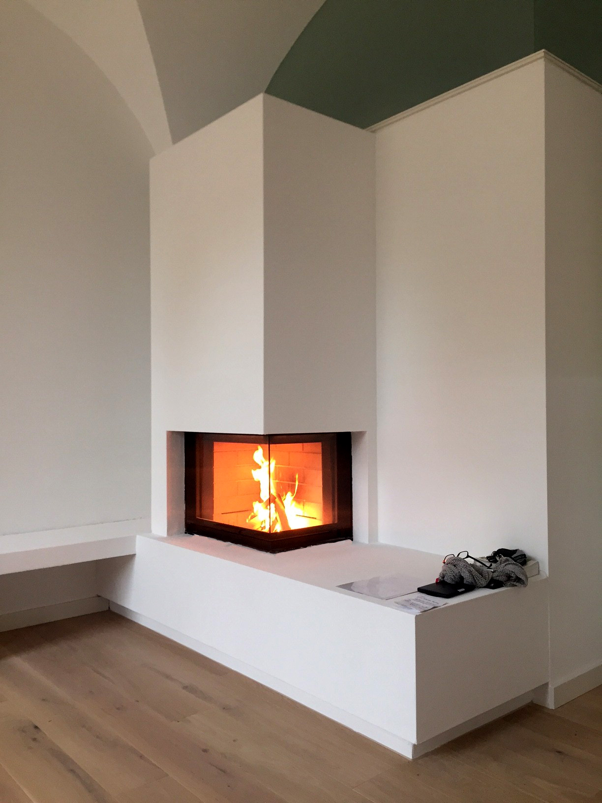 bespoken contemporary fireplace. Black Bedroom Furniture Sets. Home Design Ideas